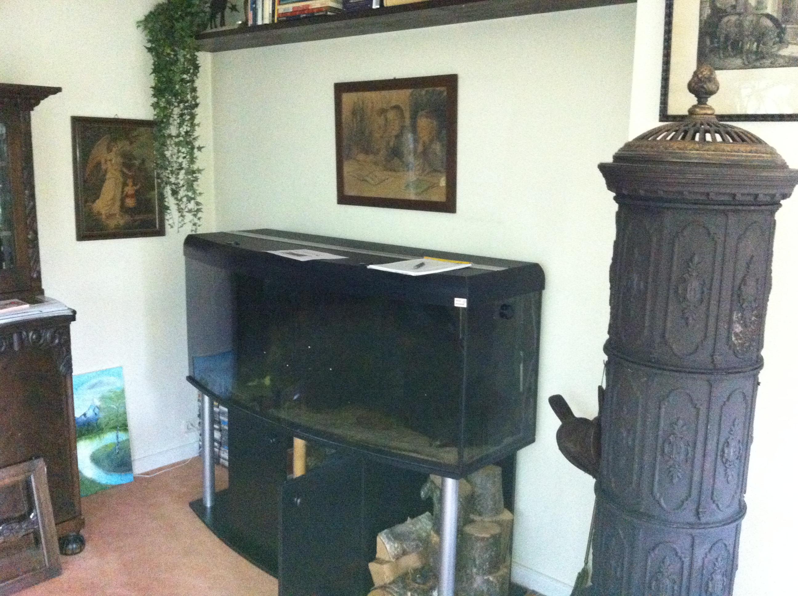 aquarium im schrank a m tischlerei. Black Bedroom Furniture Sets. Home Design Ideas